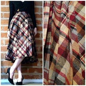Vintage 1970s Plaid Pleated Midi Skirt